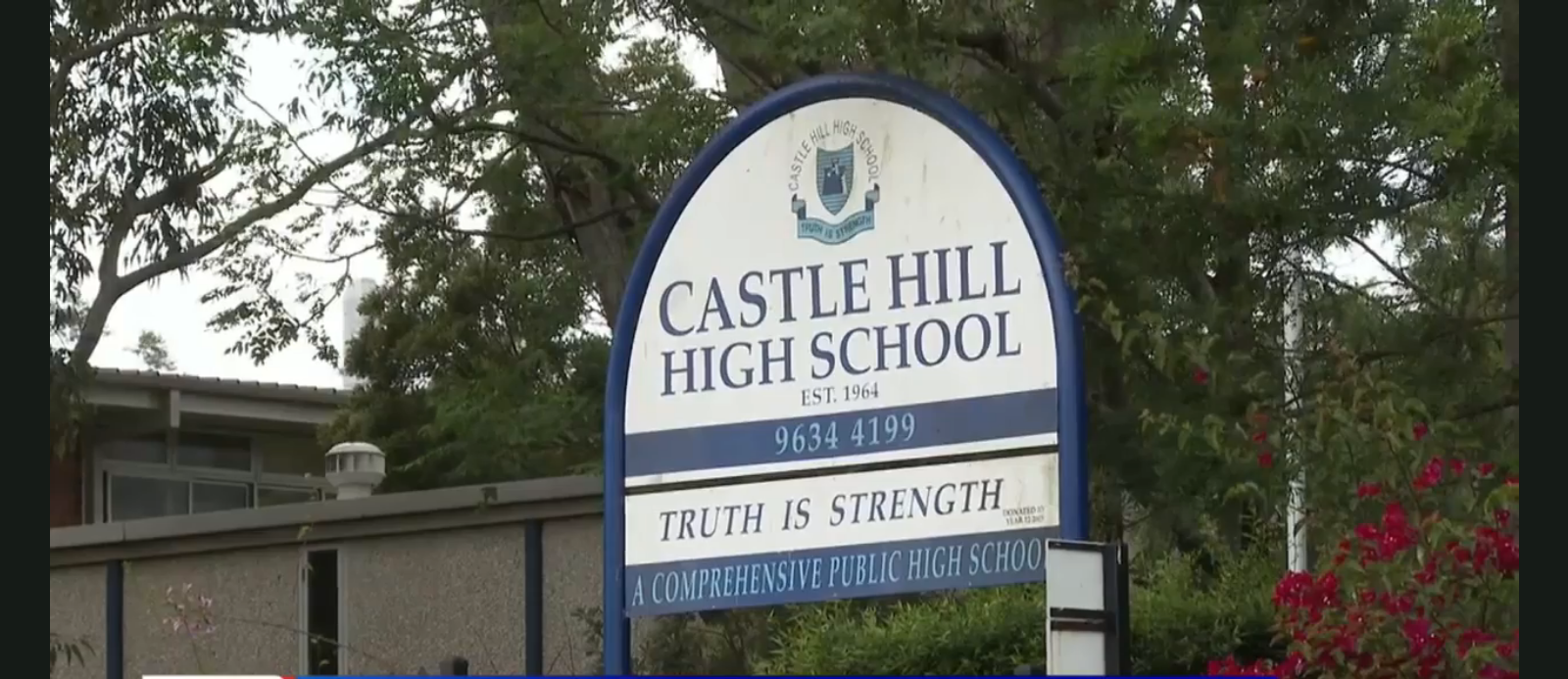 After 'bomb threat' emails NSW high schools evacuated