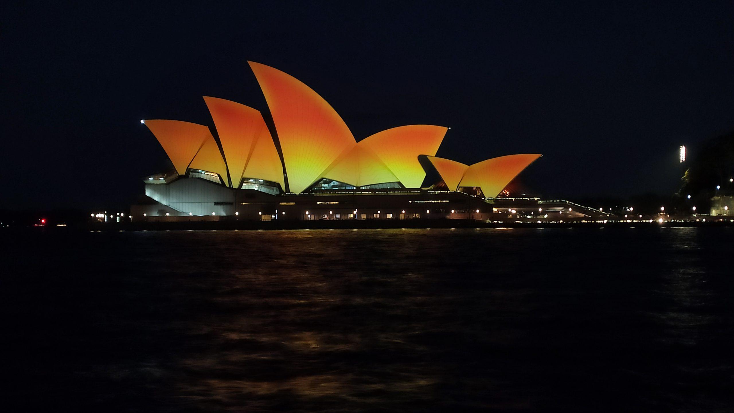 Sydney Opera House lights up to celebrate Diwali 2020