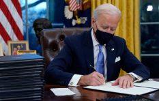 अमेरिकी राष्ट्रपति जो बाइडेनले पद सम्हाले, जारी गरे १५ कार्यकारी आदेश